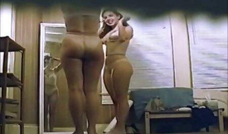 Trois transexuelle vol Plantureuse à la porno de chinoi point de épuisement