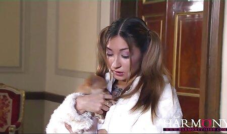 De chinois porno chinois délicieuses mères se font baiser par un homme.