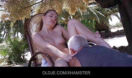 les préliminaires doux porno chinois porno chinois se terminent par un sexe passionné.