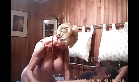 L'homme semble x porno chinois être du sexe. Les filles russes sont ses préférées.