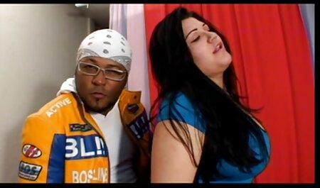 Fort masseur caresse les clients nus et se branle avec eldac. video porno chinois gratuit