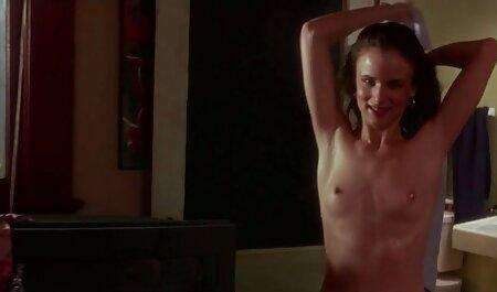 Mère gros cul en porno chinois porno chinois bas donne un jeune