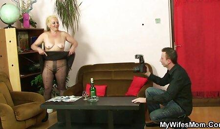Docteur mange film pornographique chinois deux blondes dans le cul