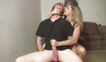 Nymphomane trébuchant je veux porno chinois sur une fille dans un chapeau