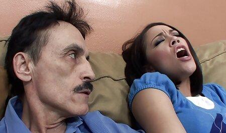 Chèvres hurlant de la douleur films pornographiques chinois pendant le sexe anal pour