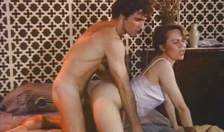 Il Baise Une Salope Avec Un porno les chinois Gode Anal.