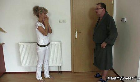 La Masturbation se termine video porno gratuit chinois par le sexe oral avec un homme.