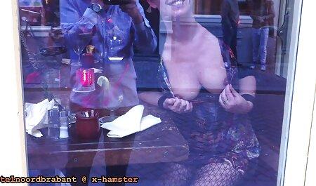 Skinny fille baise elle-même sex chinois gratuit et obtient l'éjaculation.