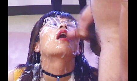 Une bite trempée dans filme porno chinois vaginale Nue blonde.