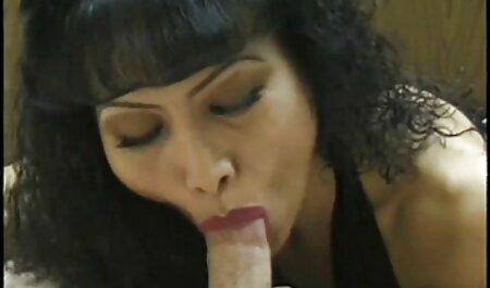 Deux misérables Russie séduit un homme massage chinois porno pour un trio anal.
