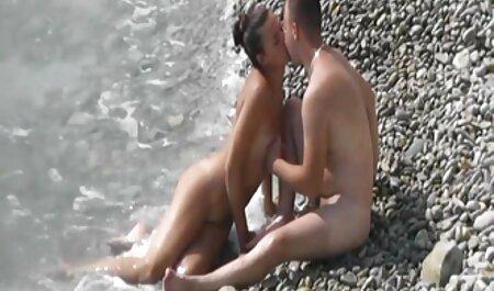 Deux noirs baisent un porno des chinois Russe.