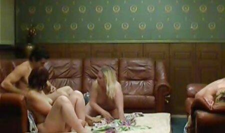 Un pénis qui est planté avec porno dingue chinois