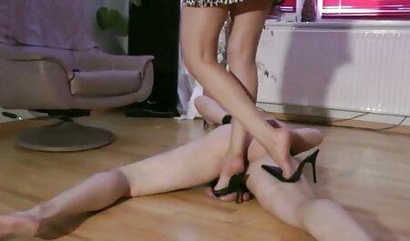 Ébène apprend le sexe anal filmporno chinois et se défonce.