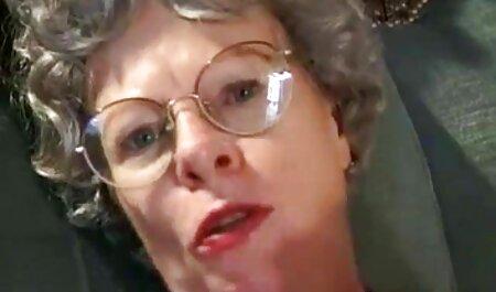 Angela baisée porno les chinois dans un pantalon rose.