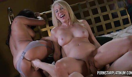 Maman prend une bite film porno chinois gratuit dans le cul d'une fille